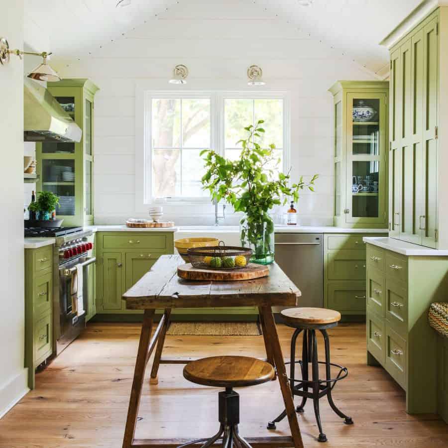 errores que puedes evitar al pintar los armarios de tu cocina