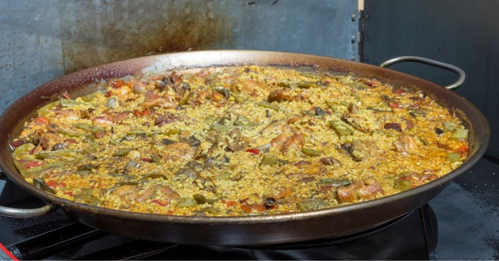 Pasos para cocinar una auténtica paella valenciana