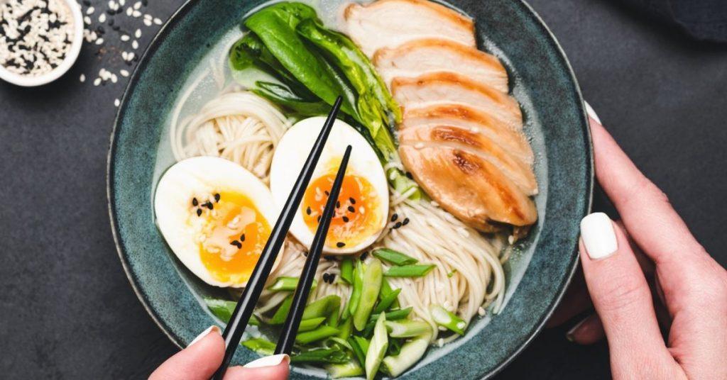 Consejos para hacer ramen de pollo y verduras