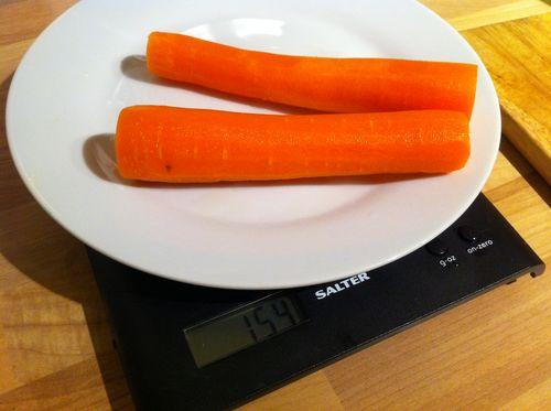 cuánto pesa una zanahoria mediana