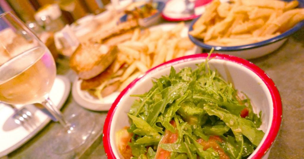 Propiedades de mizuna, ensalada con sabor japonés